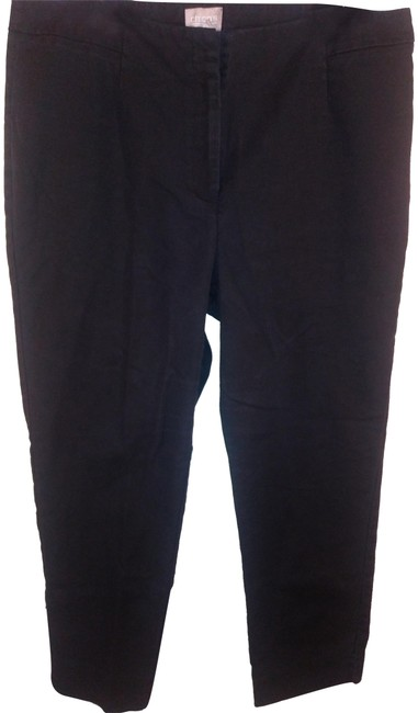 Preload https://img-static.tradesy.com/item/23693424/chico-s-black-capris-cropped-25-straight-leg-pants-size-6-s-28-0-1-650-650.jpg