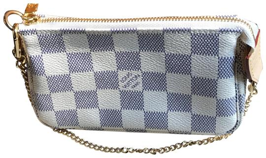 Preload https://img-static.tradesy.com/item/23693623/louis-vuitton-pochette-damier-azur-canvas-wristlet-0-1-540-540.jpg