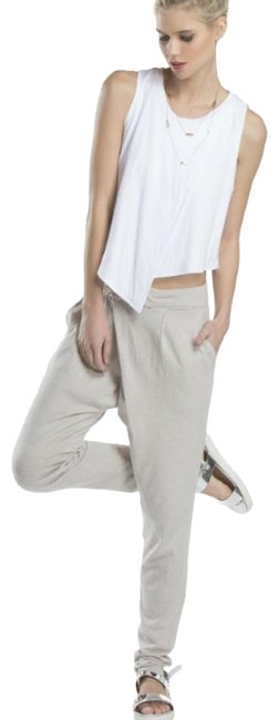 Preload https://img-static.tradesy.com/item/23693733/white-flora-front-cross-over-athletic-pants-size-12-l-32-33-0-2-650-650.jpg