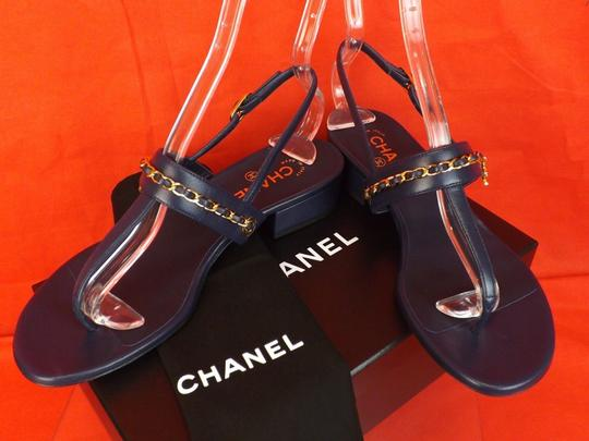 Chanel Flower Buckle Heel Wine NAVY/GOLD Pumps