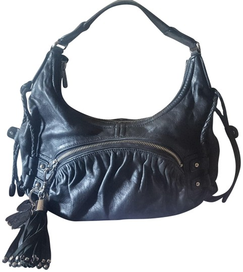 Preload https://img-static.tradesy.com/item/23694000/botkier-bryant-tote-black-leather-hobo-bag-0-2-540-540.jpg