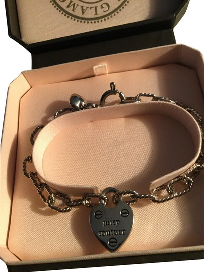 Preload https://img-static.tradesy.com/item/23694008/juicy-couture-silver-puffed-heart-charm-bracelet-0-1-540-540.jpg