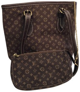 513a6079fee4 ... Men Monogram Canvas Leather Tote.  791.10. Louis Vuitton Tote in brown