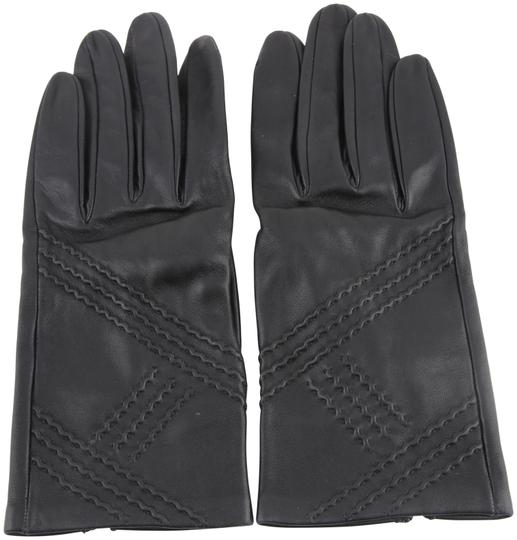 Preload https://img-static.tradesy.com/item/23694208/hermes-black-leather-gloves-0-1-540-540.jpg