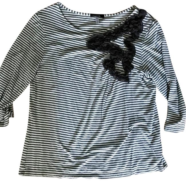 Item - White and Gray Stripe Pullover Tee Shirt Size 8 (M)