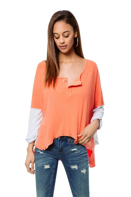 Preload https://img-static.tradesy.com/item/23694277/free-people-coral-orange-gray-we-the-star-henley-blouse-size-8-m-0-0-650-650.jpg