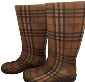 Burberry Comfortable Boots