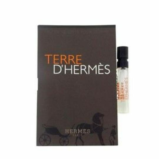 Preload https://img-static.tradesy.com/item/23694444/hermes-mini-terre-for-men-edt-spray-006-oz-2-fragrance-0-1-540-540.jpg