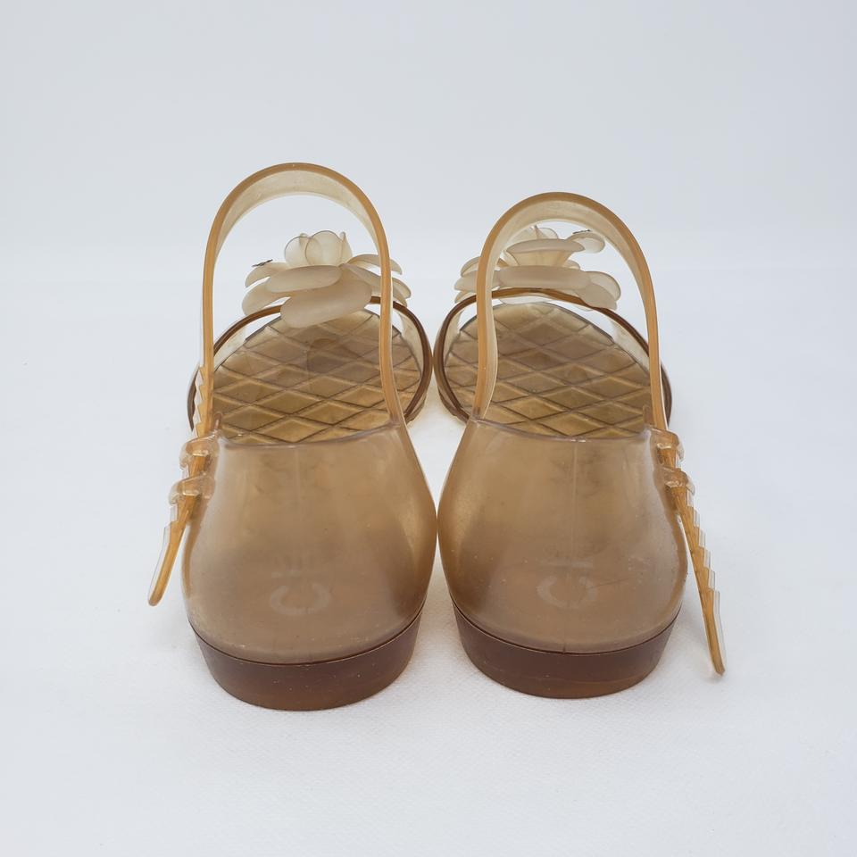 7779f313e Chanel Beige Tan Jelly Camellia Cc Log Jelly Sandals Size EU 38 (Approx. US  8) Regular (M