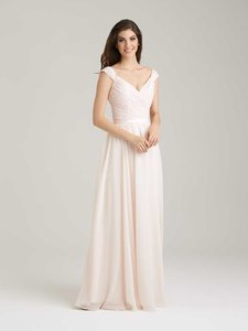 Allure Bridals Baby Pink Lace and Chiffon 1463 Formal Bridesmaid/Mob Dress Size 8 (M)