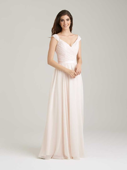 Item - Baby Pink Lace and Chiffon 1463 Formal Bridesmaid/Mob Dress Size 8 (M)