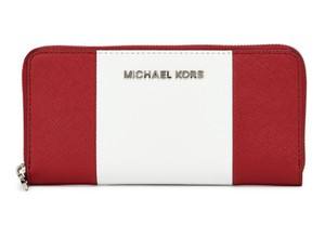 Michael Kors Michael Kors Jet Set Center Stripe Zip Around Continental Wallet