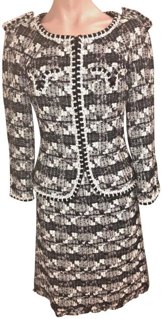 Item - Black and White 2006 Cruise Tweed with Zippered Jacket 36/2 Skirt Suit Size 2 (XS)