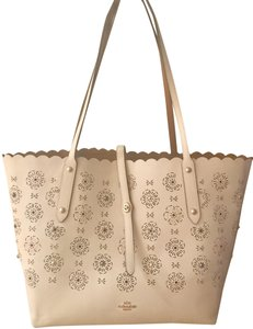 Coach Handbag Leather Floral Tote in White