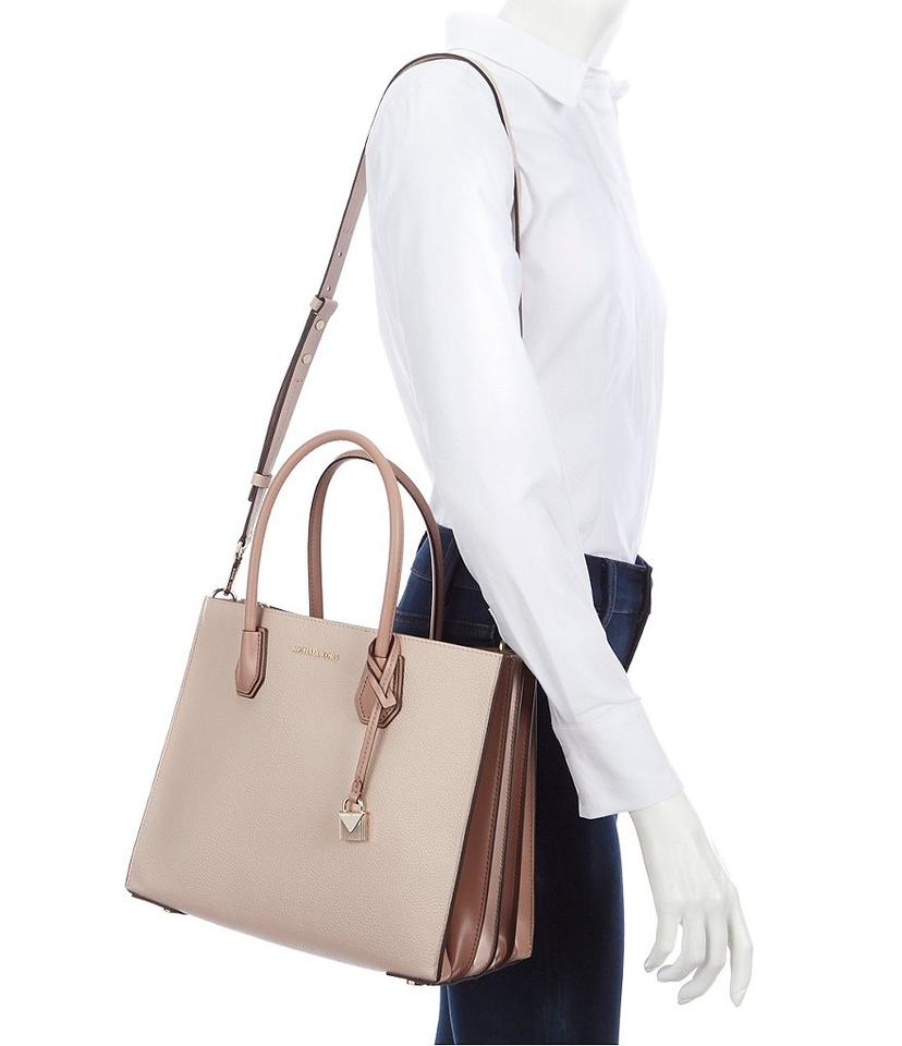 f20d18f0013b MICHAEL Michael Kors Mercer Large Convertible Shoulder Patent Leather Tote  in Ballet Image 7. 12345678