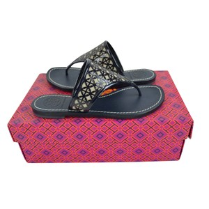 39b9dbccb1c3f Tory Burch Amara Thong 5.5 Bright Navy  Natural Sandals