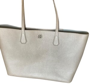 Tory Burch Satchel in silver