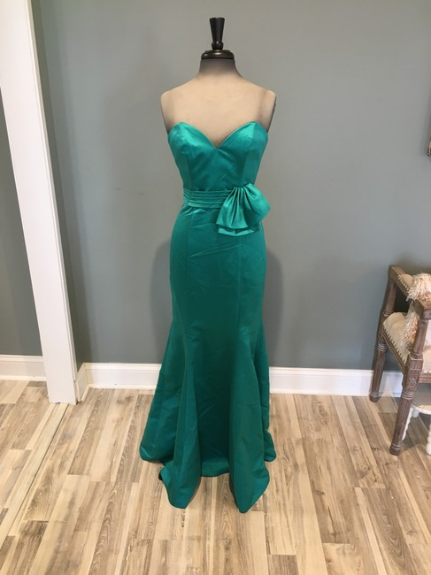 Item - Teal Satin 1456 Formal Bridesmaid/Mob Dress Size 6 (S)