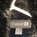 Forever 21 Black With Faux Fur Collar Jacket Size 8 (M) Forever 21 Black With Faux Fur Collar Jacket Size 8 (M) Image 4
