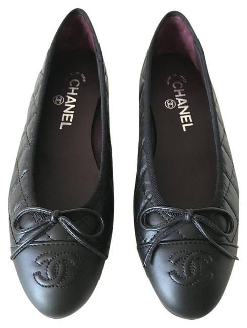 Chanel Black Leather Quilted Cap Toe Ballet Ballerina Flats Size EU 40 (Approx. US 10) Regular (M, B) Chanel Black Leather Quilted Cap Toe Ballet Ballerina Flats Size EU 40 (Approx. US 10) Regular (M, B) Image 1