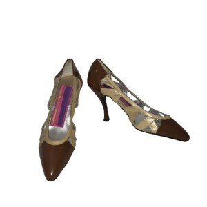 Susan Bennis/Warren Edwards Vintage Leather Cut-out Brown x Taupe Pumps