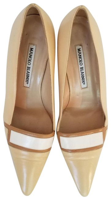 Item - Cream with White and Taupe Details Pumps Size US 7 Regular (M, B)