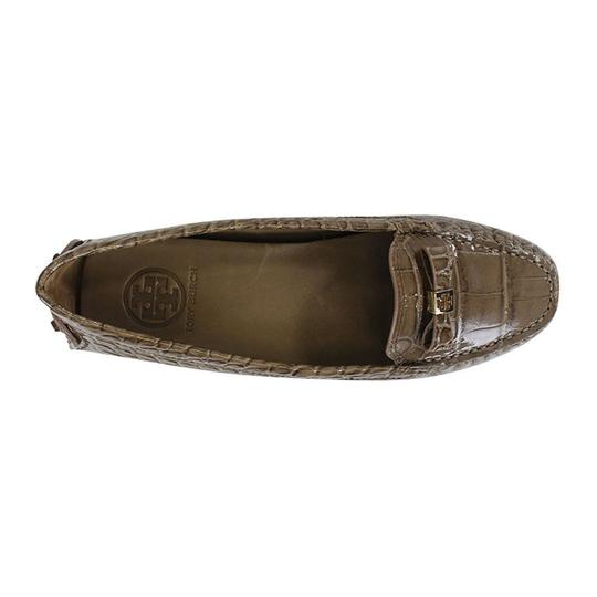 Tory Burch Ludlow Driver Patent Leather Croc Print Size 8.5 Tan Branch Sandals Image 2