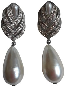Other Winged drop earrings