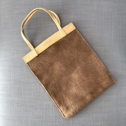 Bill Amberg Tote in Camel-colored calf hair with cream handles and top edge Image 1