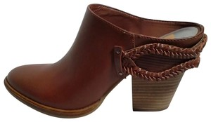 DV8 by Dolce Vita brown Mules