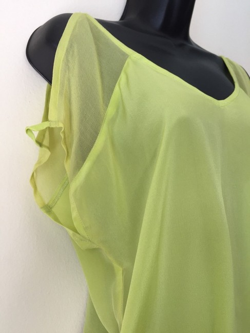 Line & Dot Sheer Cut-out Top neon green Image 2