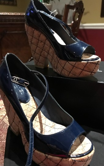 Chanel Dark Navy Patent /Leather Sandals Image 9
