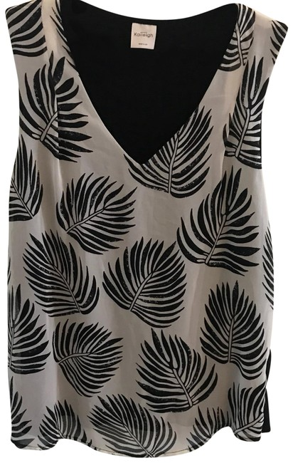Preload https://img-static.tradesy.com/item/23707187/anthropologie-leaf-patterned-tank-topcami-size-2-xs-0-1-650-650.jpg