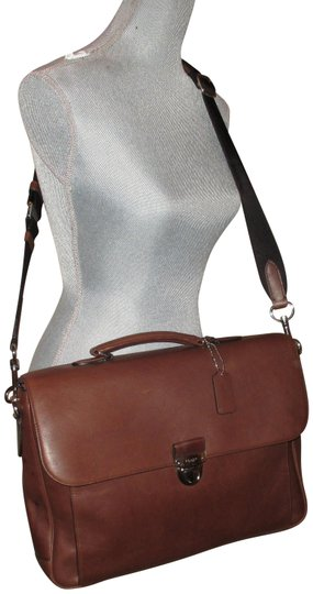 Preload https://img-static.tradesy.com/item/23707452/coach-classic-mahogany-business-briefcase-brown-leather-messenger-bag-0-1-540-540.jpg
