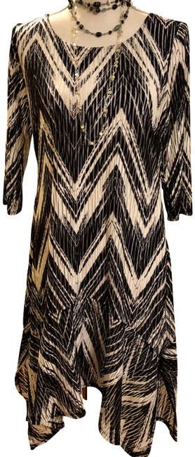 Signature by Robbie Bee New Dark Blue White Zig Zag Pattern See Thru Slats Dress Image 0