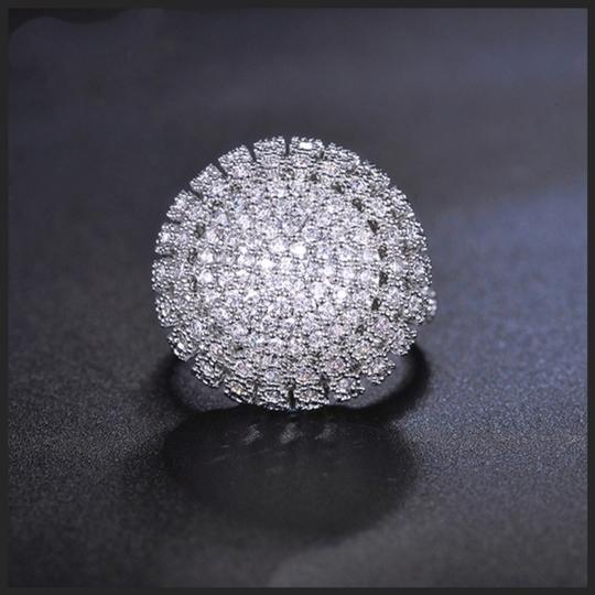 ME-Boutiques Private Label Collection Swarovski Crystals Silver Pave Dome Ring S11 Image 4