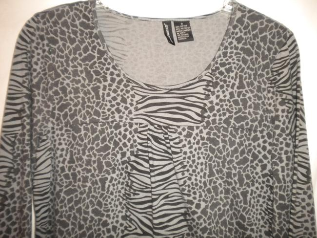 Jason Maxwell Long Sleeve Animal Pattern Black/Gray Cotton Blend T Shirt Black/Gray Image 1