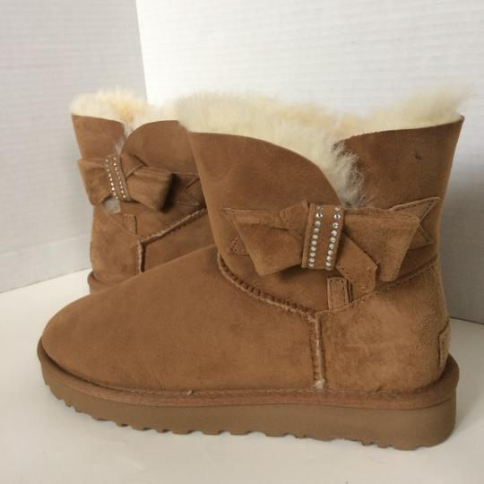 UGG Australia New With Tags Chestnut Boots Image 3