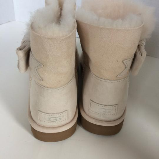 UGG Australia New With Tags FRESH SNOW Boots Image 3
