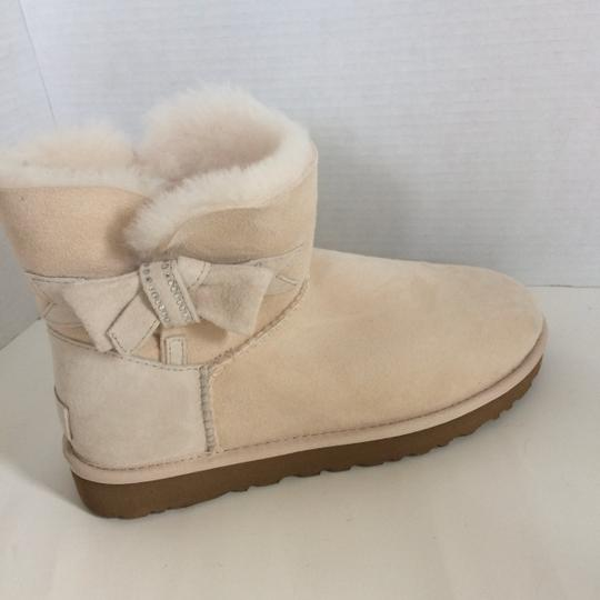 UGG Australia New With Tags FRESH SNOW Boots Image 5