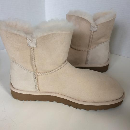 UGG Australia New With Tags FRESH SNOW Boots Image 6