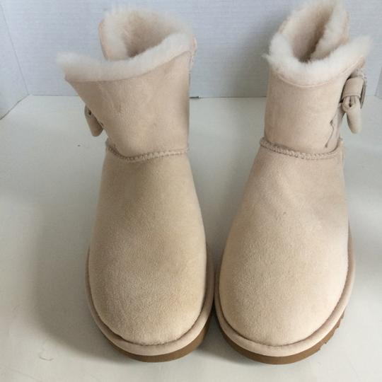 UGG Australia New With Tags FRESH SNOW Boots Image 7