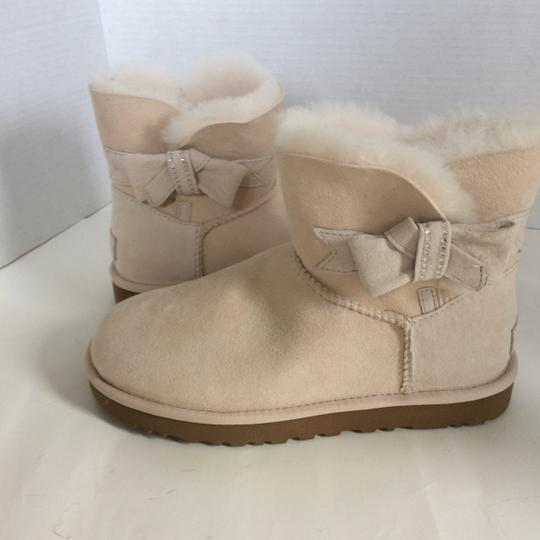 UGG Australia New With Tags FRESH SNOW Boots Image 8