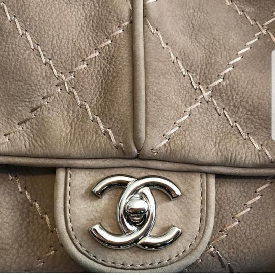Chanel Shoulder Bag Image 7