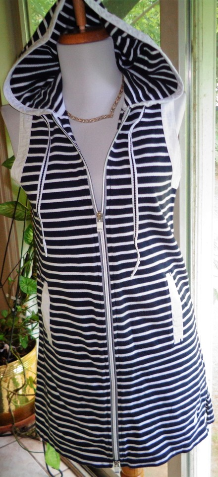 46e0fcbdb7 Nautica Navy Blue & White Stripe Sleeveless Zip Front Cover-up Short Casual  Dress Size 4 (S) - Tradesy