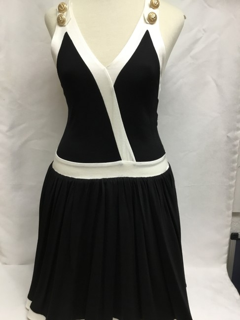 Balmain Black And White Sleeveless with Gold Buttons Short Casual Dress Size 4 (S) Balmain Black And White Sleeveless with Gold Buttons Short Casual Dress Size 4 (S) Image 2