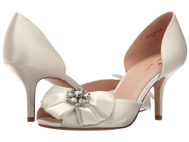 Item - Ivory Santarosa Satin Peep Toe Kitten Heel Pumps Formal Shoes Size US 10.5 Regular (M, B)