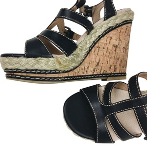 Chinese Laundry brown tan Wedges