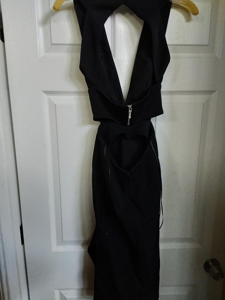 Nicholas Black With Cutouts And Open Mid Length Night Out Dress Size