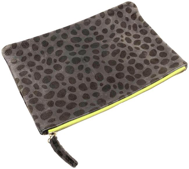 Item - Pebble Stone Animal Print Neon Contrast Zipper Pouch Brown Leather Clutch